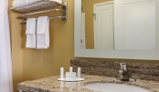 22_TownePlace Suites Harrisburg West Mechanicsburg - Guestroom Bathroom - 996659.jpg